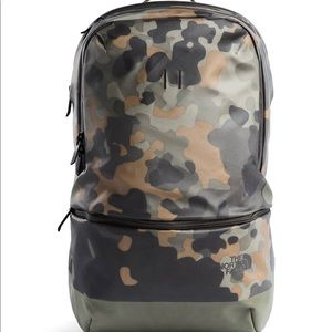 TNF SPECIAL EDITION MENS CAMO BACKPACK